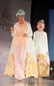 20130707_fashion-show-karya-dian-pelangi_6420